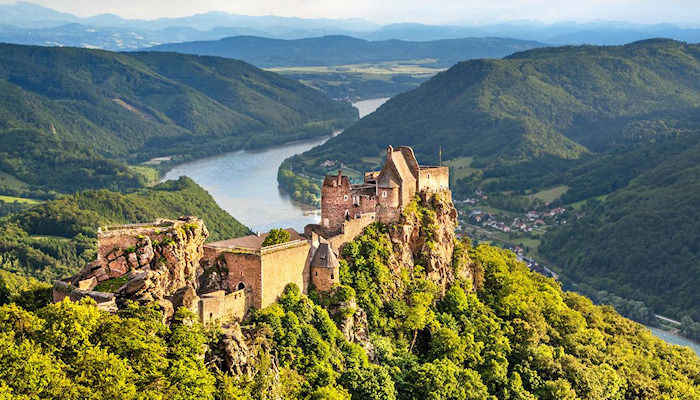 Aggstein-Castle, Wachau - We have many properties for sale in the Danube region